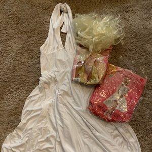 Sexy Marilyn Monroe's Halloween costume
